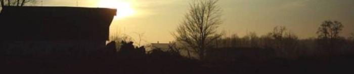 cropped-austins-acre-sunrise-barn1.jpg